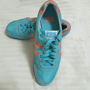 Onitsuka Tiger Sneakers Size 9 (used)
